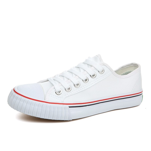 SJstudio Solid Color Classic Low-cut Comfortable Canvas Shoes For Men