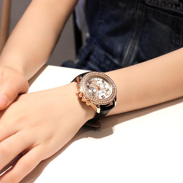 SJstudio Round Dial Luxury Watch For Women