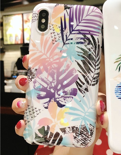 Multicoloured Plastic Pine Leaves Printed iPhone X Back Cover